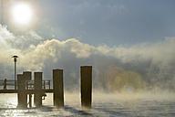 Germany, Baden-Wurttenberg, Sipplingen, Mist over Lake Constance - SH000874