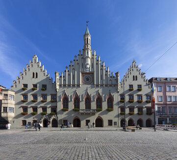 Germany, Bavaria, Landshut, old town, town hall - AM001012