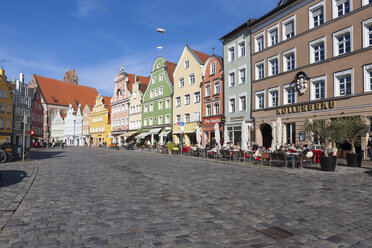 Germany, Bavaria, Landshut, old town, historic  buildings at pedestrian area - AMF001019