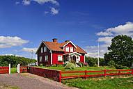 Sweden, Smaland, Kalmar laen, Vimmerby, between Vaenderun and Alsarp, residential house - BT000037