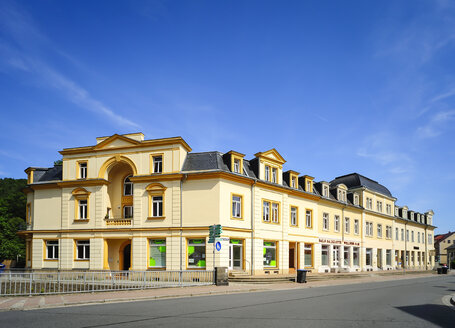 Germany, Saxony, Bad Schandau, Street and houses - BT000162