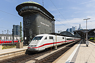 Germany, Hesse, Frankfurt, ICE departing station - AM001092