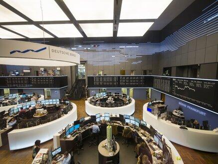 Germany, Hesse, Interior of the Frankfurt Stock Exchange - AM001100
