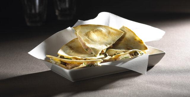 Pieces of tuna tortilla - SRSF000382