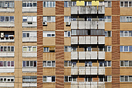 Rumania, Crisana, Arad, Front of an apartment building - GF000294