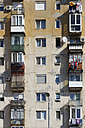 Rumania, Crisana, Arad, Front of an apartment building - GF000297