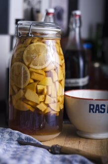 Jelly jar with selfmade quinces liqueur - ODF000677