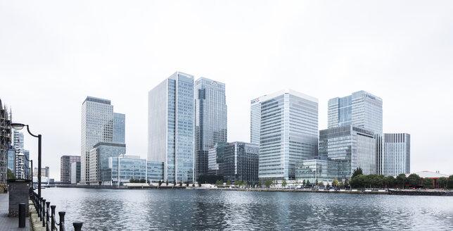 UK, London, Docklands, buildings at financal district - DISF000203