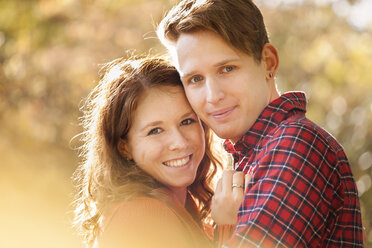 Portrait of happy young couple, close-up - BGF000001