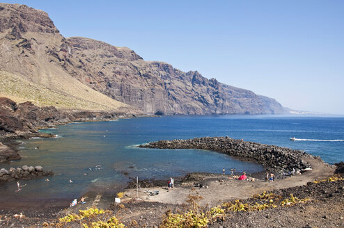 Spain, Canary Islands, Tenerife, Punta de Teno, Beach - UMF000692