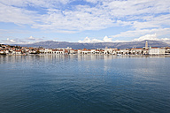 Croatia, Split, View from harbour to old town - MS003051