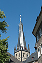 Germany, North Rhine-Westphalia, Duesseldorf, view to church spire of St Lambertus - VI000004