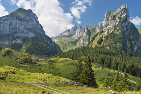 Switzerland, Appenzell, Alpstein, View to Widderalpstoeck - SH001015