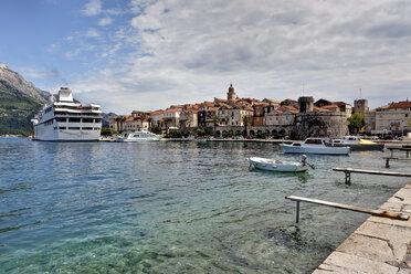 Croatia, Dalmatia, View of Korcula harbour - AM001285