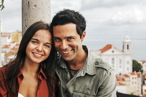 Portugal, Lisboa, Alfama, Miradouro de Santa Luzia, portrait of young couple - BIF000033
