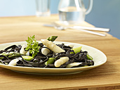 Tagliatelle a la Sepia with white asparagus - SRSF000407