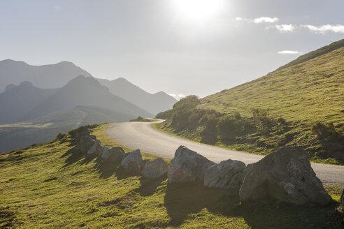 Spain, Cantabria, Picos de Europa National Park, Road at Collado de Llesba - LAF000313