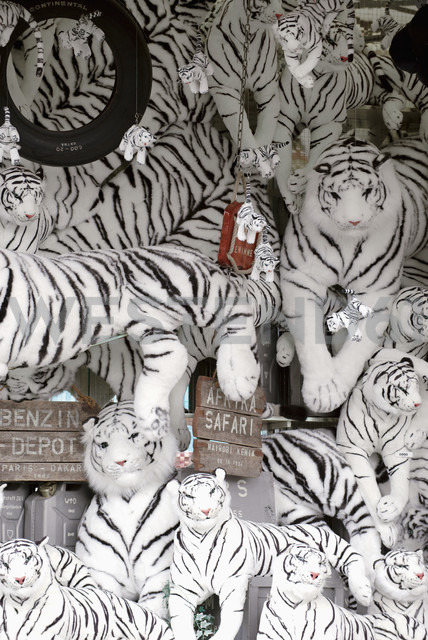 Black and white tiger soft toys - VI000032 - visual2020vision/Westend61