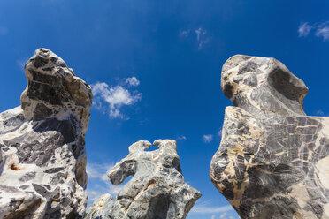 Germany, Baden-Wuerttemberg, Remseck, erratic block, stones, quartz, basalt, solitary stone - WDF002121