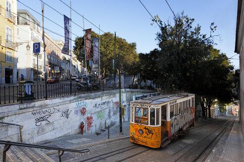 Portugal, Lisboa, Bairro Alto, cable railway at Miradouro de Sao Pedro de Alcantara - BI000161