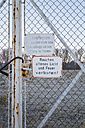 Germany, Hamburg Harbor, Prohibition signs at a fence - MSF003148