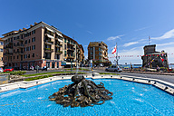 Italy, Liguria, Rapallo, Hotel, fountain and castle by the sea - AM001434