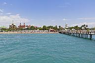 Turkey, Turkish Riviera, Antalya, Kundu, beach with Kremlin Palace Hotel - SIE004834