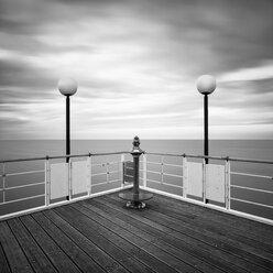 Germany, Mecklenburg-Western Pomerania, Usedom, pier with telescope - WAF000043