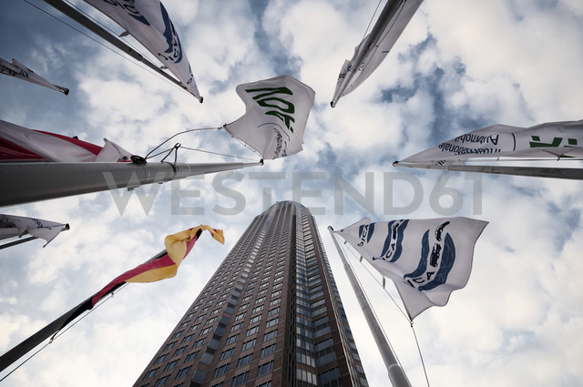 Germany, Hesse, Frankfurt, view to exhibition tower, banners and German flag from below - WA000037 - wecand/Westend61