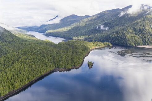 Canada, British Columbia, Khutzeymateen Provincial Park, Great Bear Rainforest, aerial view - FO005429