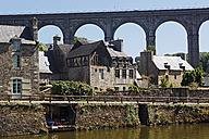 France, Bretagne, Dinan, View on viaduct - BI000200