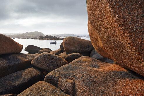 France, Bretagne, Perros-Guirec, Granite coast - BI000222