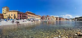 Italy, Cinque Terre, Sestri Levante, Baia del Silenzio - AMF001556