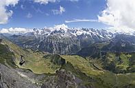 Switzerland, Bernese Oberland, Schiltenhorn cable car with Jungfrau-Aletsch-Bietschhorn world heritage site - WWF002956