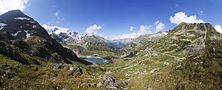 Switzerland, Uri Alps, Susten Pass and Lake Steinsee - WWF003138