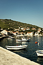 Croatia, Korcula, Little harbour with fishing boats - KAF000086