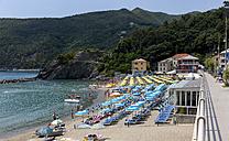 Italy, Liguria, La Spezia, Cinque Terre, Levanto, beach - AM001592