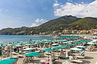 Italy, Liguria, La Spezia, Cinque Terre, Levanto, beach - AM001598