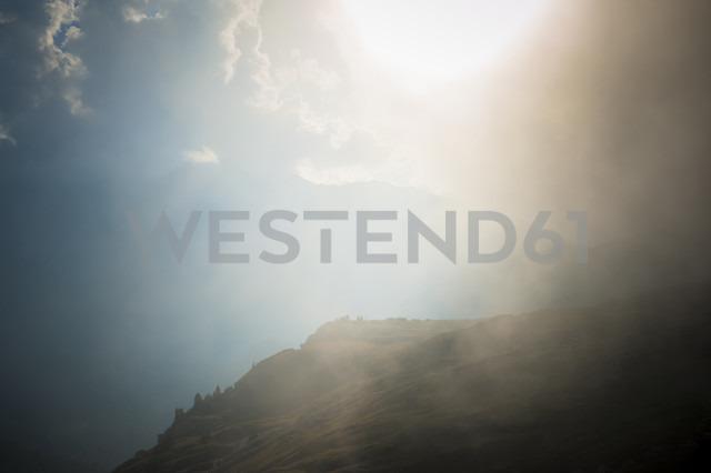 Italy, Province of Belluno, Veneto, Auronzo di Cadore, sunlight at Tre Cime di Lavaredo - MJF000491 - Jana Mänz/Westend61