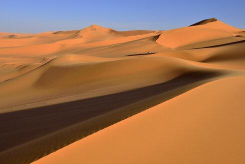 Algeria, Sahara, Tassili N'Ajjer National Park, View of sand dunes of Tehak - ES000864