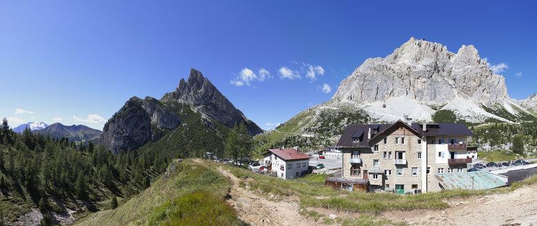 Italy, Veneto, Falzarego Pass, Lagazuoi and Tofane - WW003030
