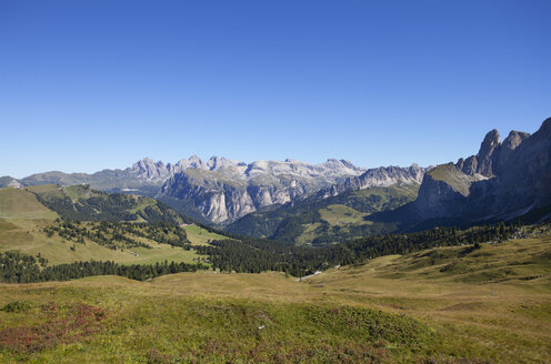 Italy, South Tyrol, View from Sella Pass - WWF003122