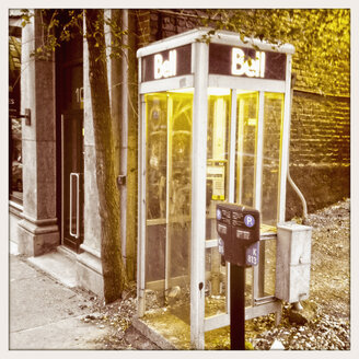Phone booth in Montreal, Canada, Quebec, Montreal - SE000241
