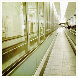 Walkway in an airport terminal, Canada - SE000166