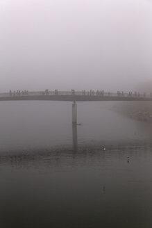 Austria, Salzburg State, Salzburg, Marktsteg in fog - GF000348