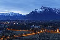 Austria, Salzburg State, Salzburg, View from Moenchsberg over River Salzach in the evening - GFF000359