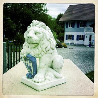 Bavarian lion in stones at Woerthsee, Bavaria, Deustchland - GS000568