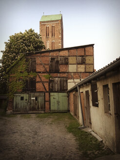 old backyard, Wismar, Germany - FB000131