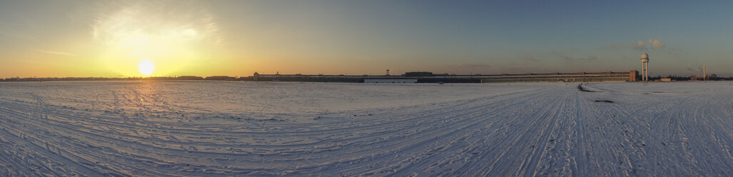 Germany, Berlin, View of Tempelhof Airport in winter, panorama - FB000096