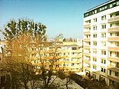 Berlin, backyard, skyscrapers, sunlight, urban, modernized prefab, Germany - ONF000340